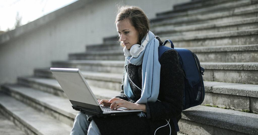 Étudier ou travailler de façon temporaire au Québec comme possibilités pour accéder plus rapidement à la résidence permanente
